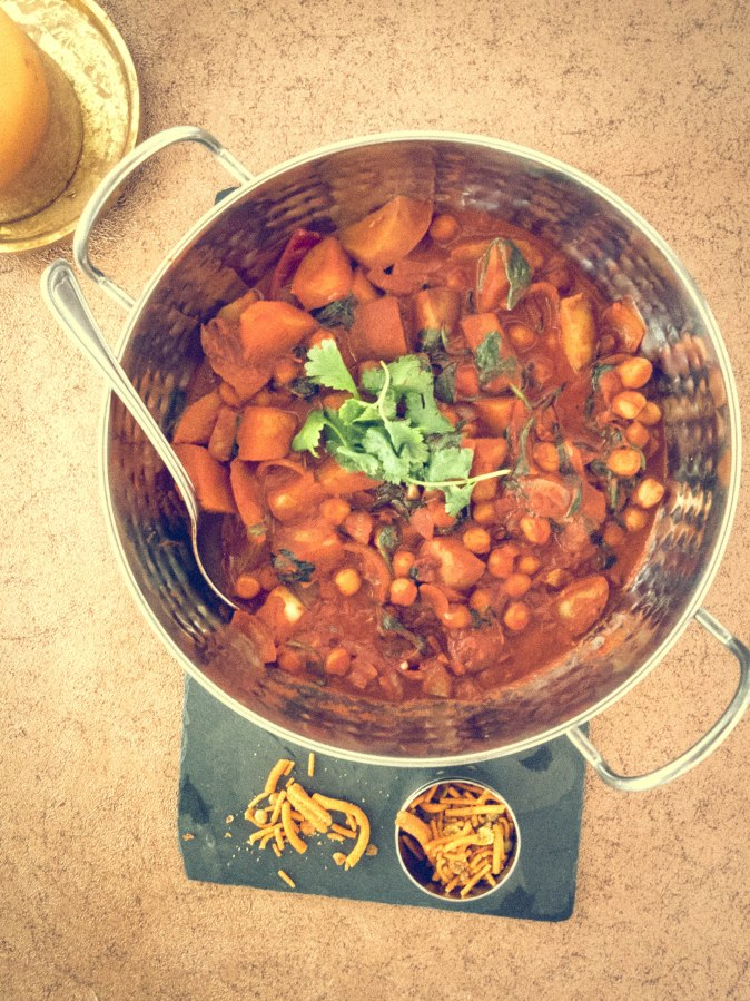 Tandoori Chickpea and Potato Curry…in a hurry : )